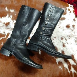 Your Fav Black Fashion Leather Boots
